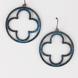 Jewelry - Clover in a Circle Earrings - Patina or Silver